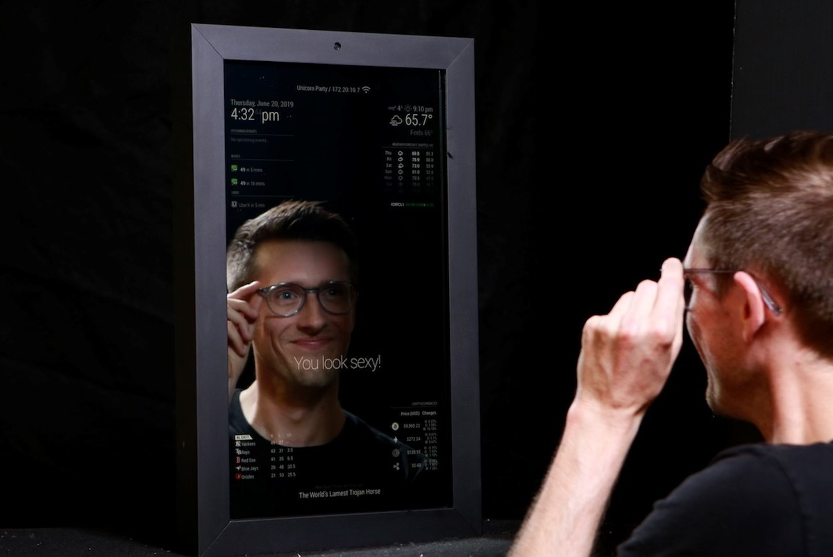 Makr Mirror Customizable Smart Mirror lets you cater the device to you