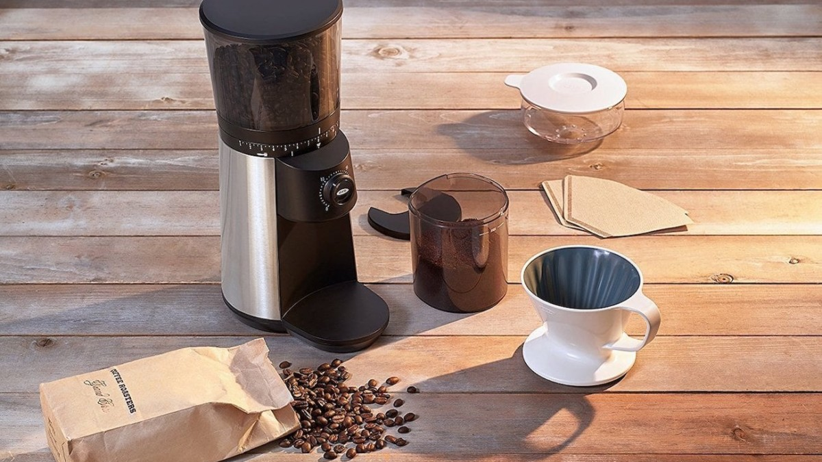 OXO BREW Conical Burr Coffee Grinder with Integrated Scale provides precise coffee measurements