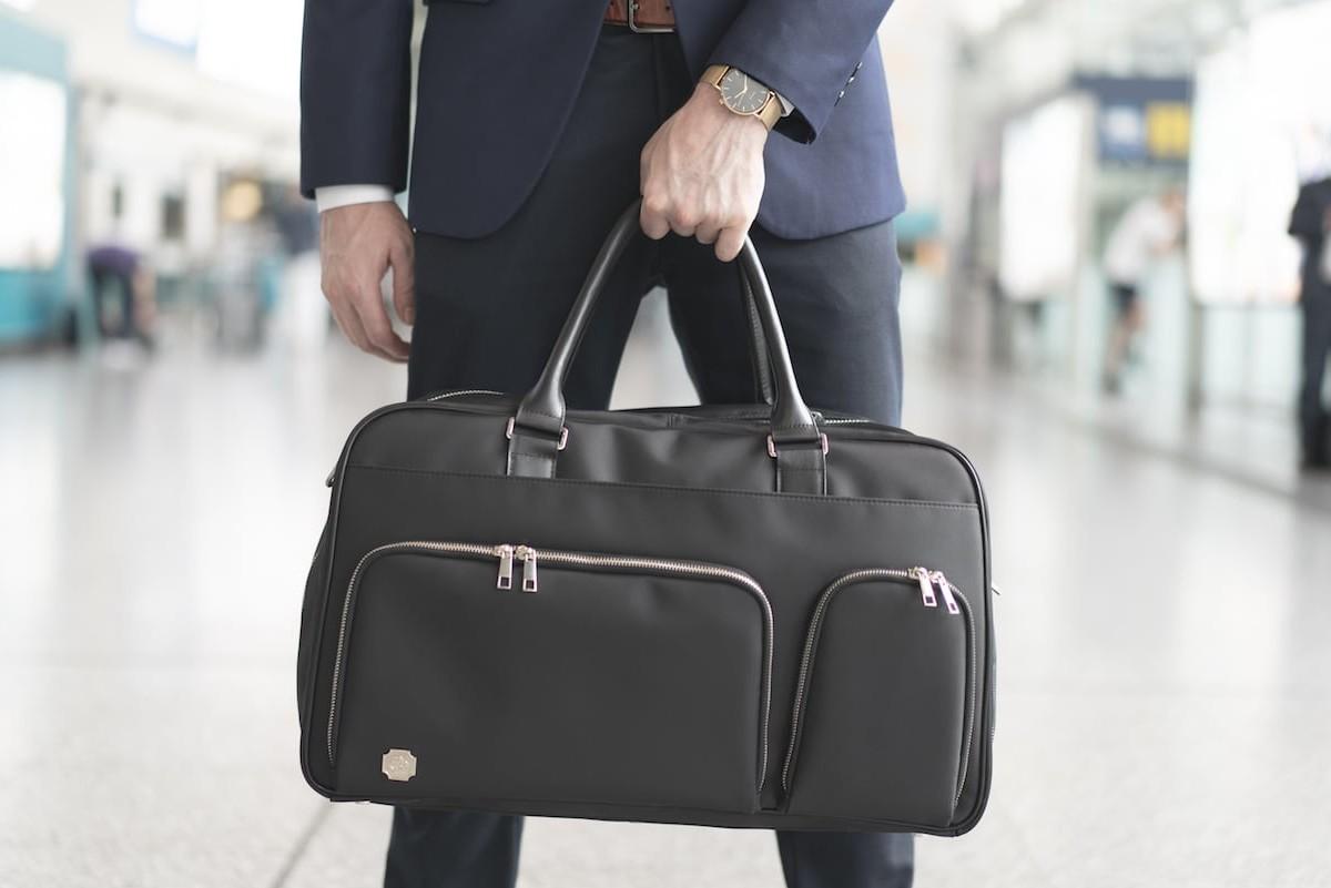 Oak & Rove Kennedy Weekender Eco-Luxury Travel Bag has over 20 pockets