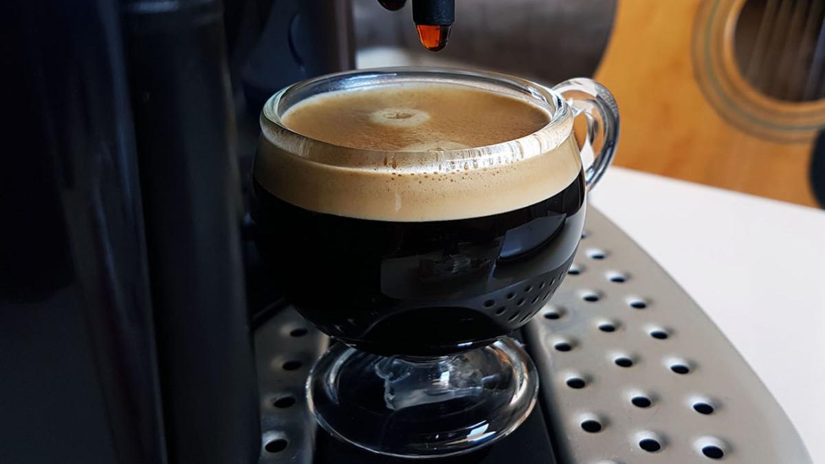 Parisiana Coffee-Enhancing Espresso Cup will improve your coffee