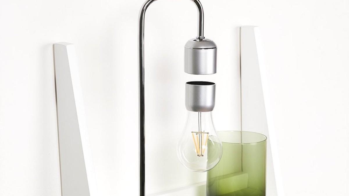 Paer Design Floating Light Bulb Suspended Desk Lamp uses magnets to stay aloft