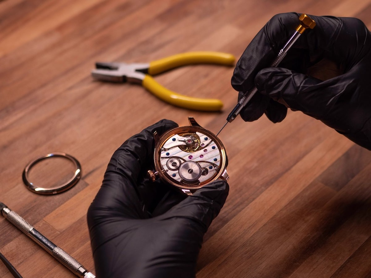 ROTATE all-in-one watchmaking kit lets you build your own mechanical watch