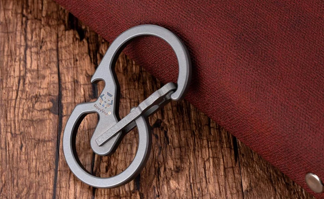 RovyVon Utility U8 Quick-Release Carabiner doubles as a bottle opener