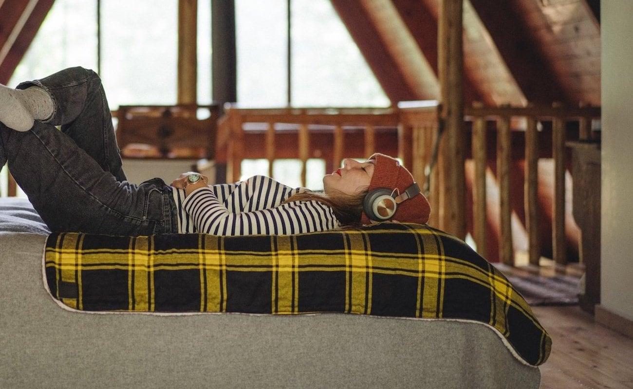 Rumpl Sherpa Puffy Fleece Blankets combines three materials for serious coziness