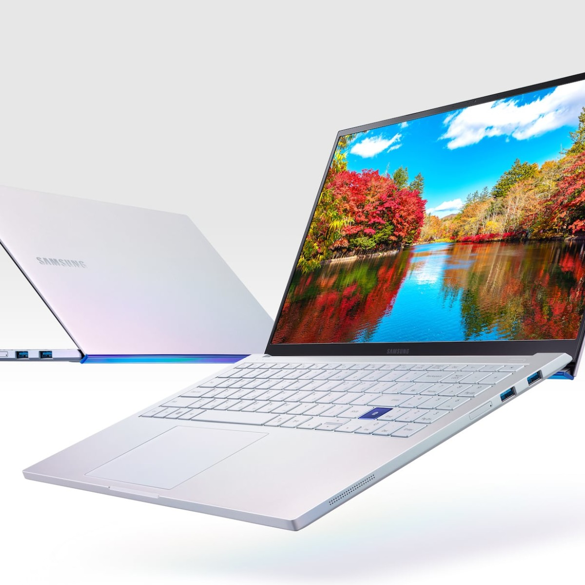Samsung Galaxy Book Ion Magnesium Laptop weighs less than a kilo for easy portability