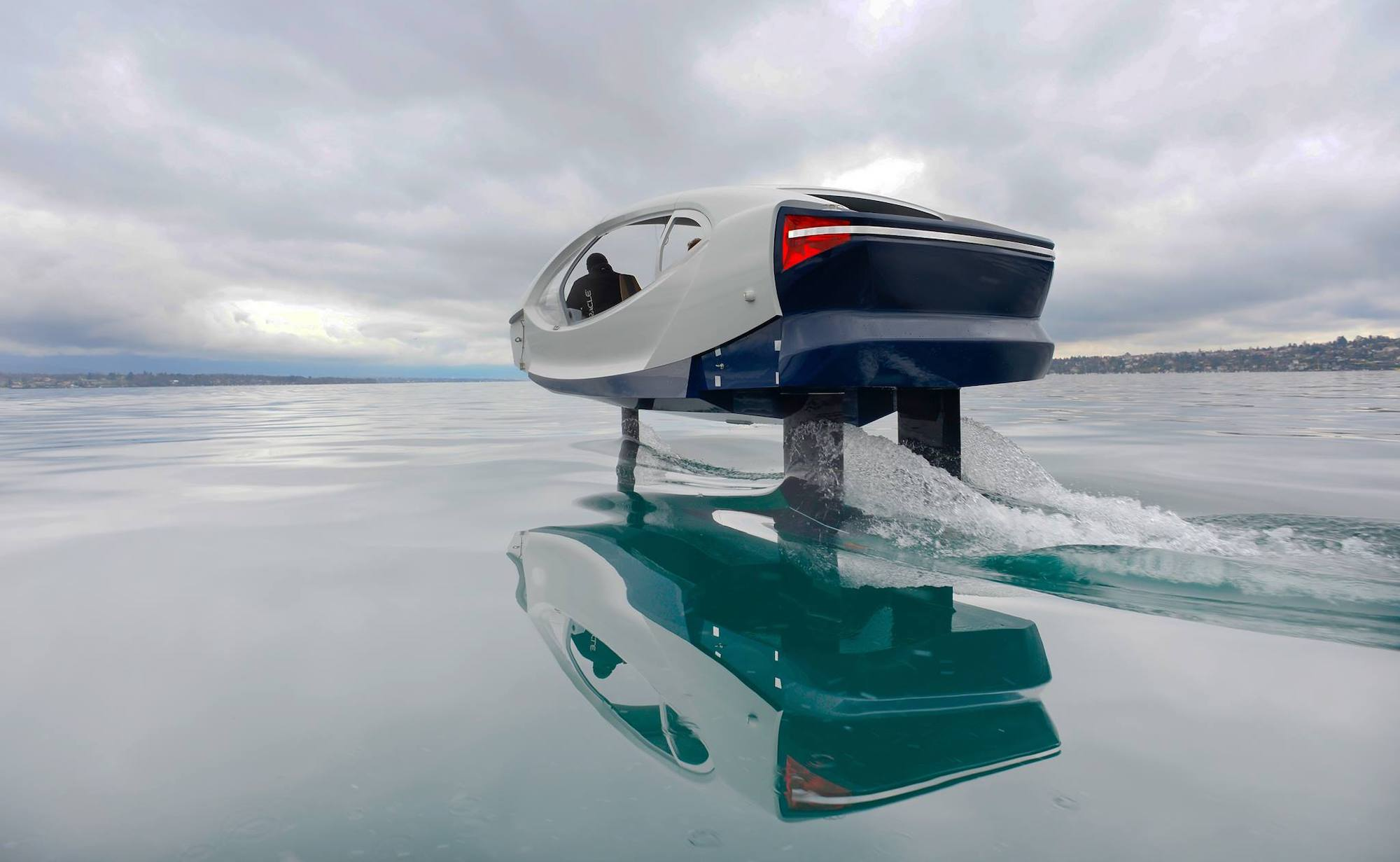 SeaBubbles The Bubble Autonomous Water Vehicle creates no emissions