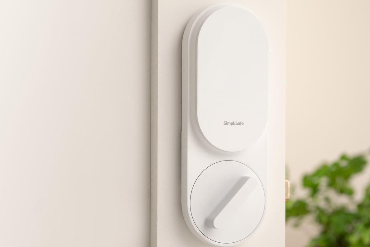 SimpliSafe Smart Automatic Timer Lock ensures your door is always secured