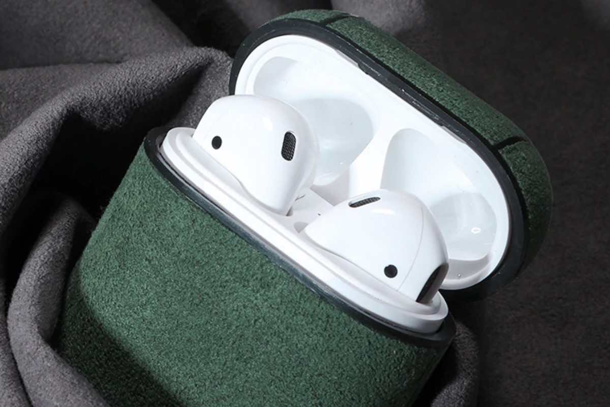 Soft Leather Waterproof AirPods Case is super soft to the touch