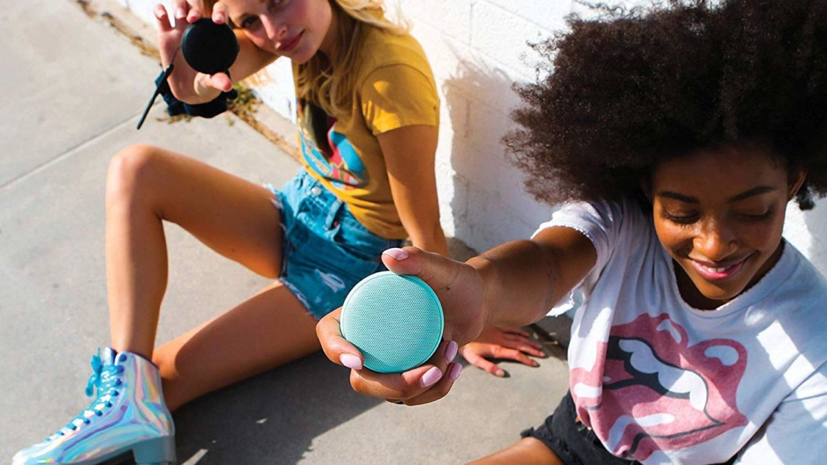 Speaqua Cruiser Wireless Bluetooth Speaker pairs up with your friends for louder sound