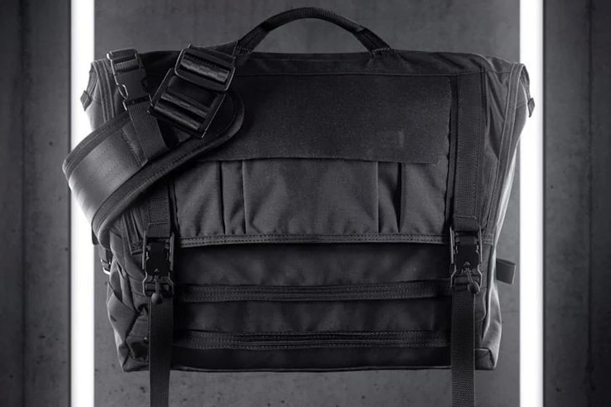 Mission Workshop Khyte Weatherproof Laptop Messenger Bag has a 24-liter main compartment