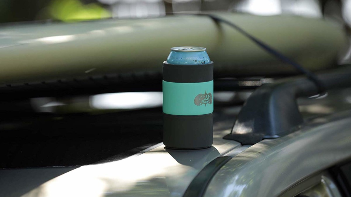Toadfish Non-Tipping Can Cooler uses a suction cup to keep it in place