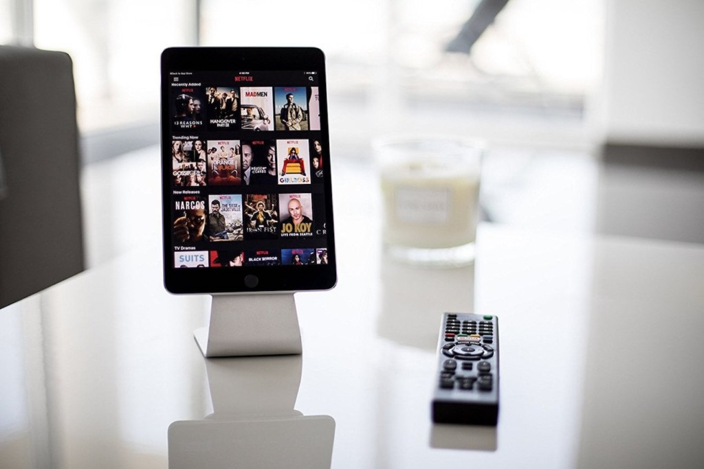 ipad stands - Slope Micro-Suction iPad Stand 1