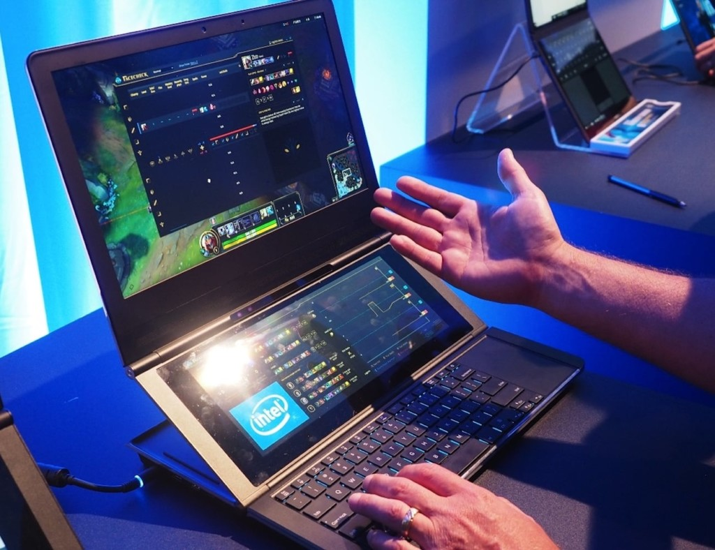 weird gadgets - Intel Honeycomb Glacier Double Hinged Laptop 1