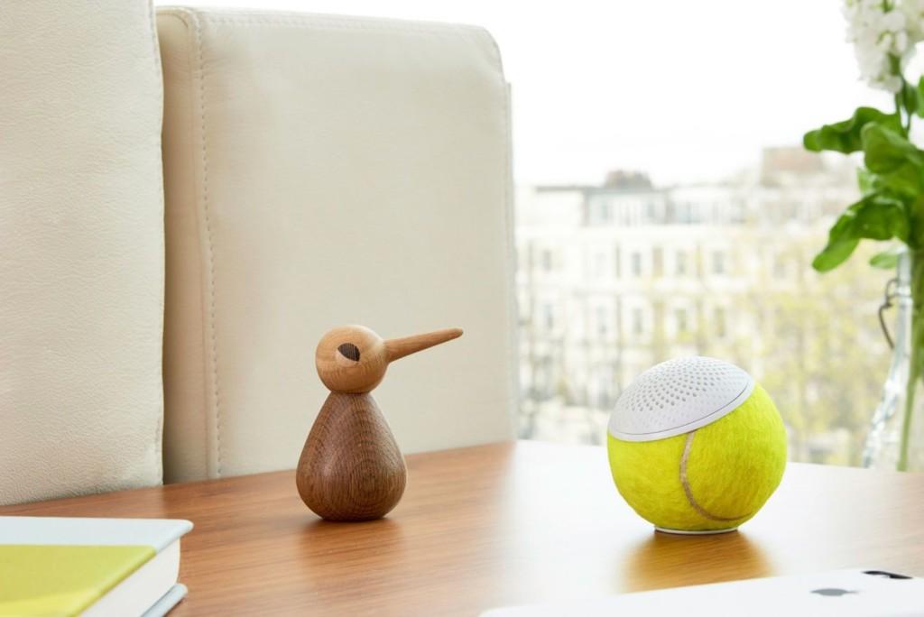 weird gadgets - hearO Wimbledon Tennis Ball Speaker 1