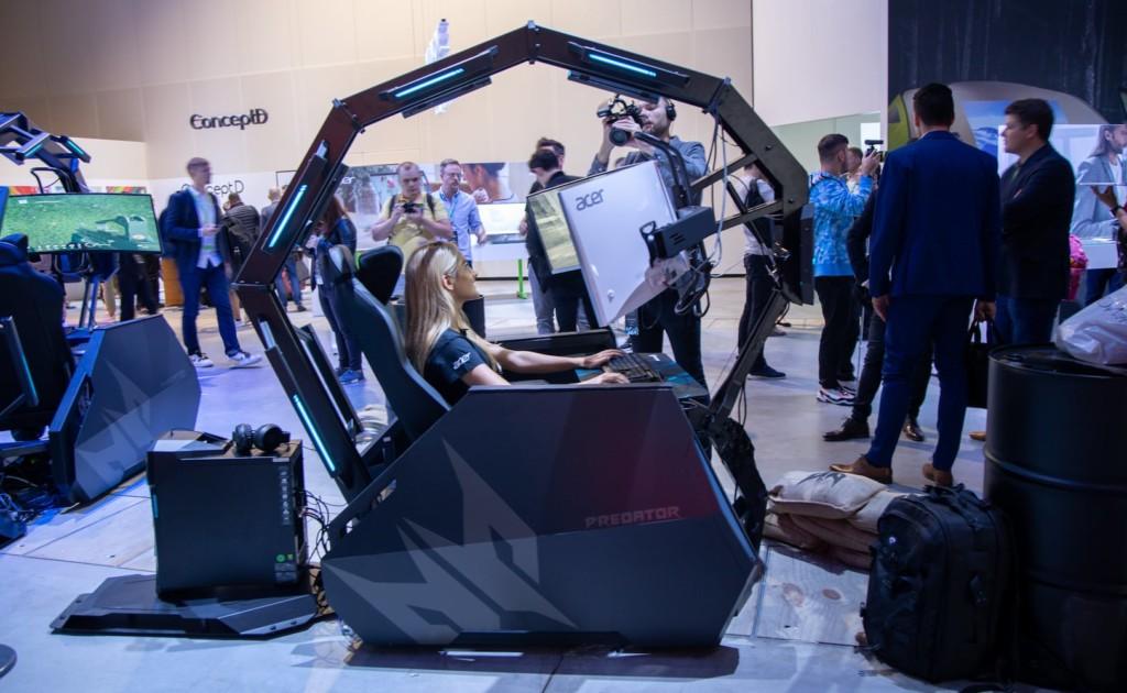Acer Predator side profile