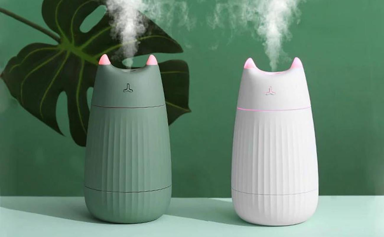 Adorable Cat USB Air Humidifier is complete with cute ears