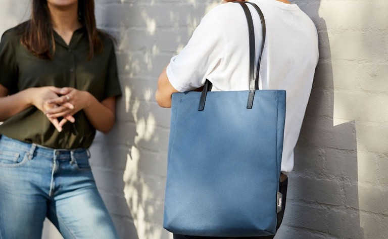 Bellroy Melbourne Tote Magnetic-Closing Bag has several dedicated pockets for organization