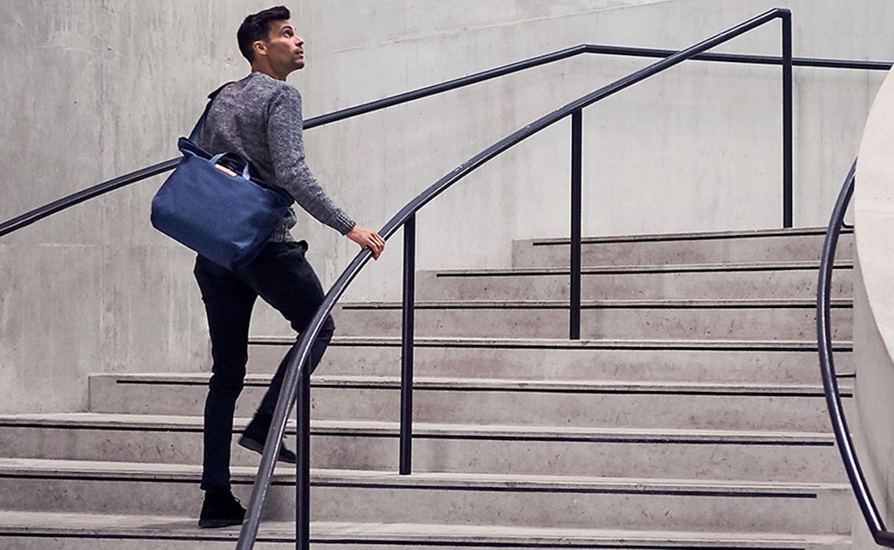 Bellroy System Work Bag Modern Messenger secures all your belongings in place