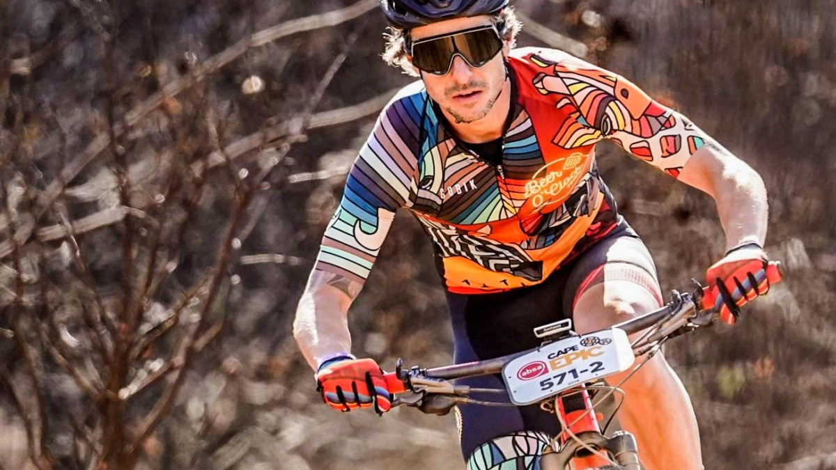 Fred's Cycling Obsession Beer O'Clock Savanna Cycling Kit ensures you stand out from other racers