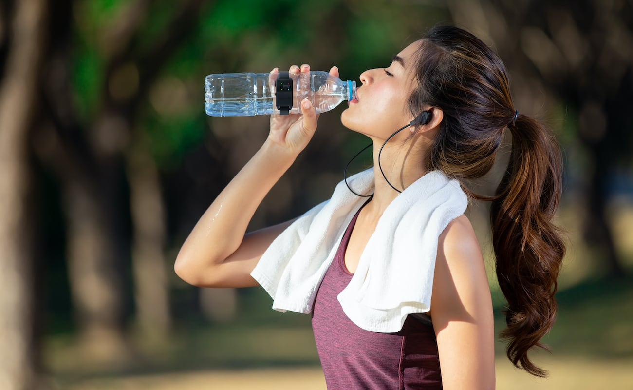 Hydra Pulse Hydration Reminder Device makes sure you have enough water