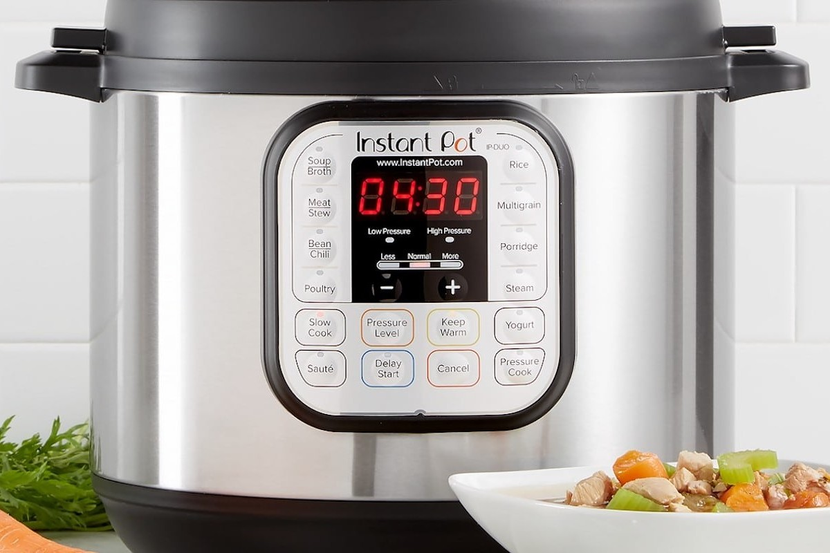 Instant Pot Duo 60 7-in-1 Programmable Pressure Cooker helps you make all your favorite meals