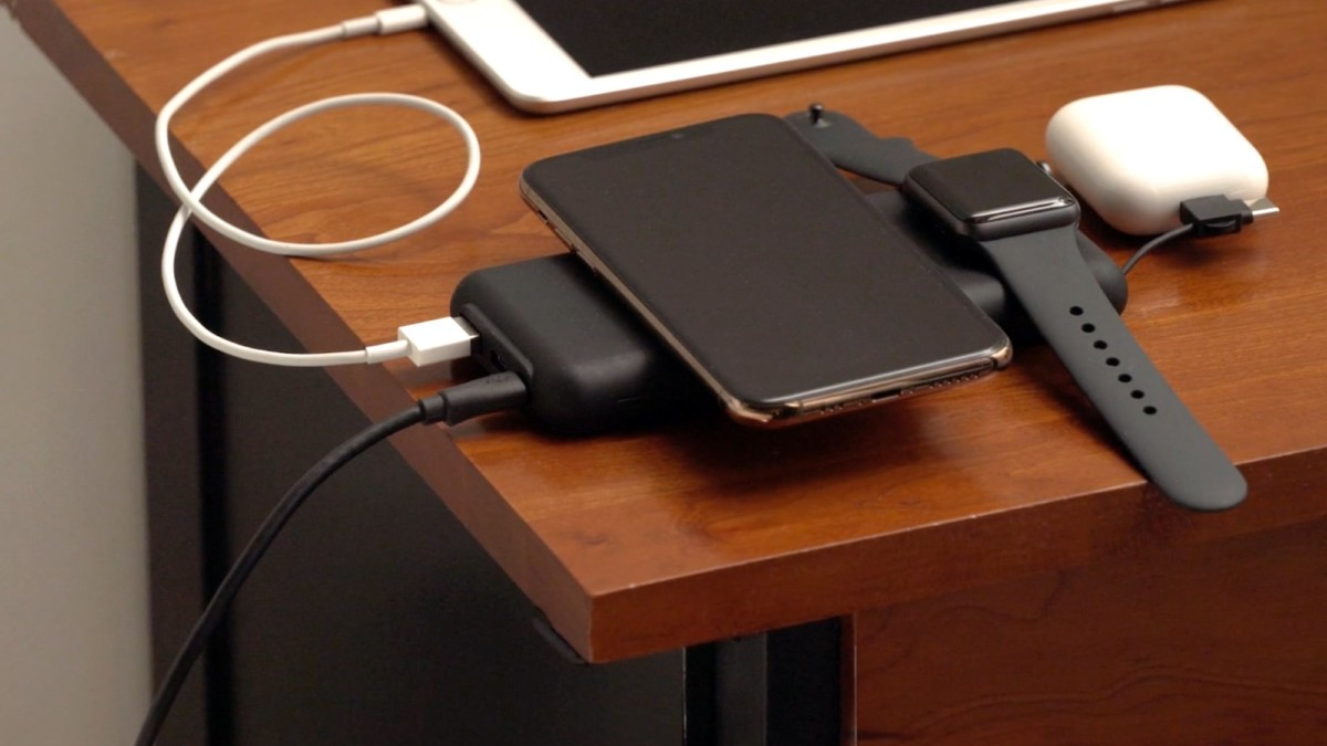 Just Simple Power Bank Universal Battery charges up to 5 devices simultaneously