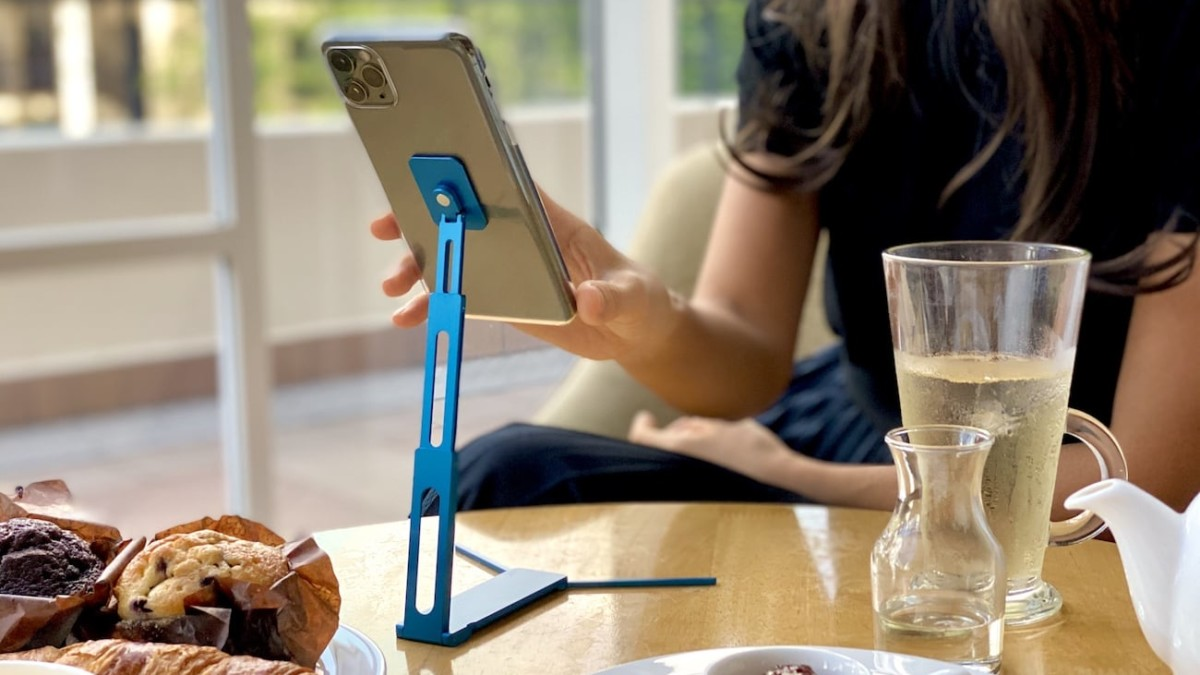Lookstand Tall Pocket Phone Stand ensures you always have a place to lean up your phone