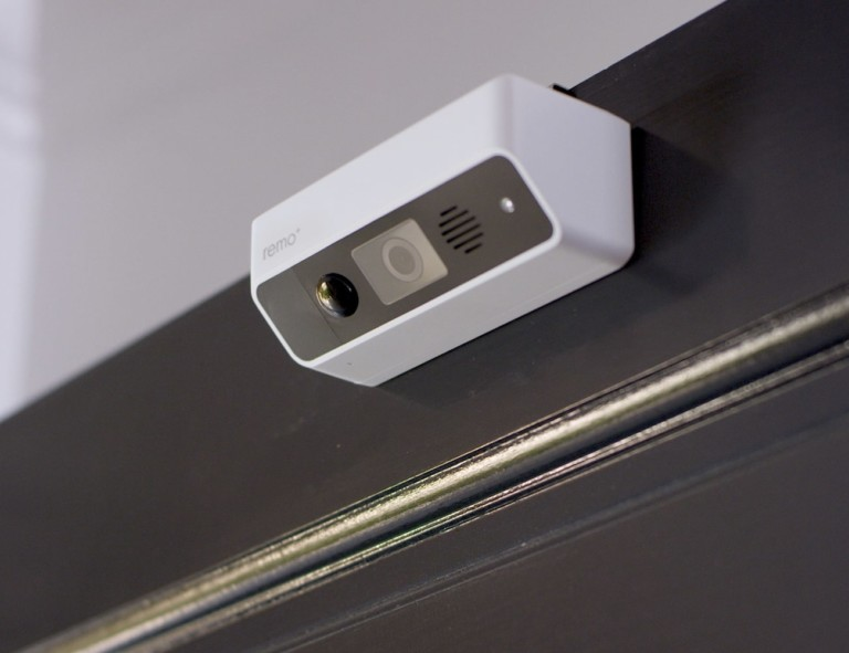 Remo+ DoorCam Over-The-Door Smart Security Camera