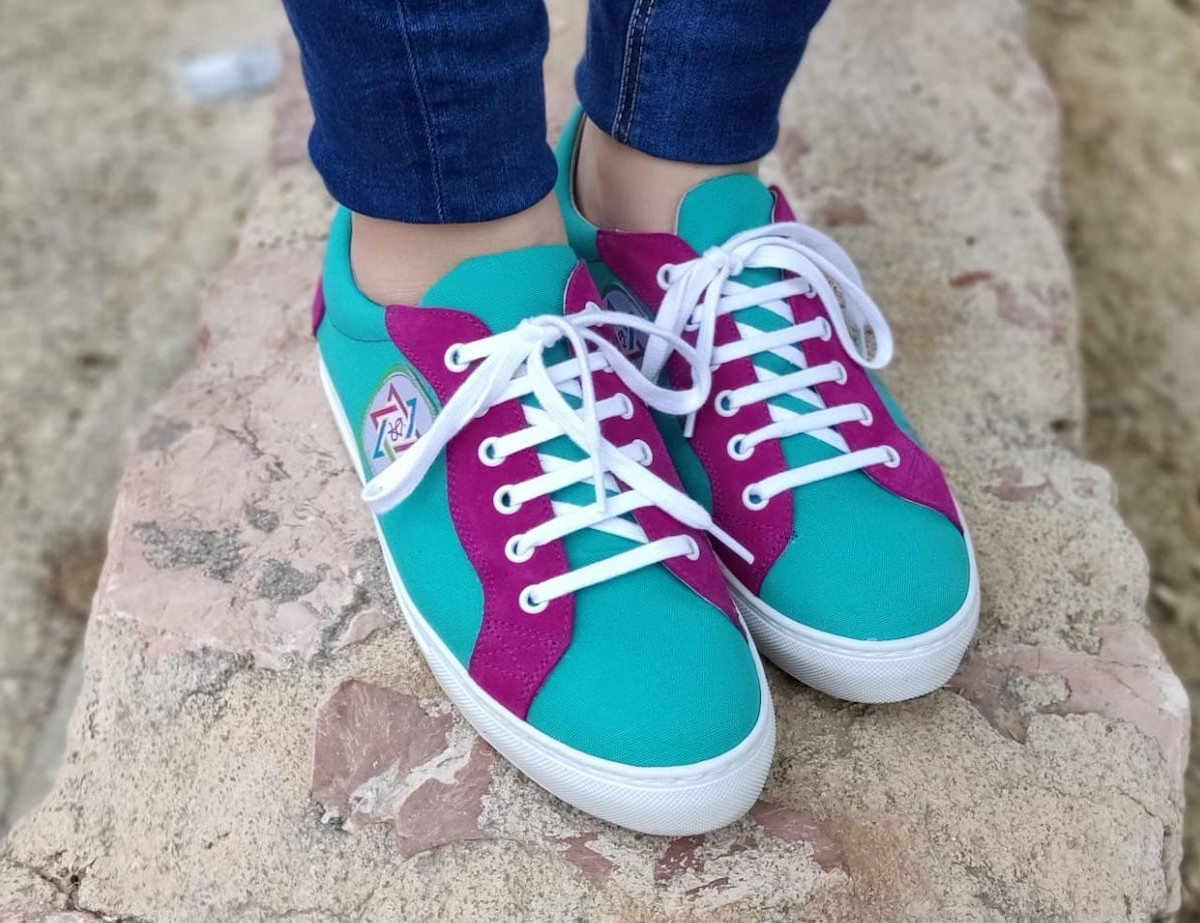 SETNIKA Colorful Unisex Sneakers are shoes for those who lead fun, casual lifestyles