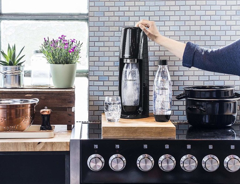 Soda Stream Spirit Sparkling Water Maker