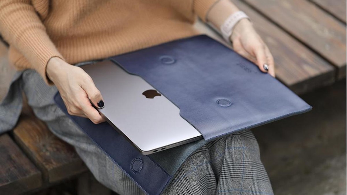 Split Leather Magnetic Laptop Sleeve comes in four gorgeous colors