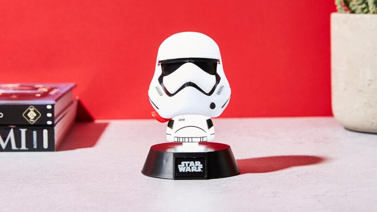 Star Wars Lamps 3D Character Lights emit a warm Lightsaber-like glow