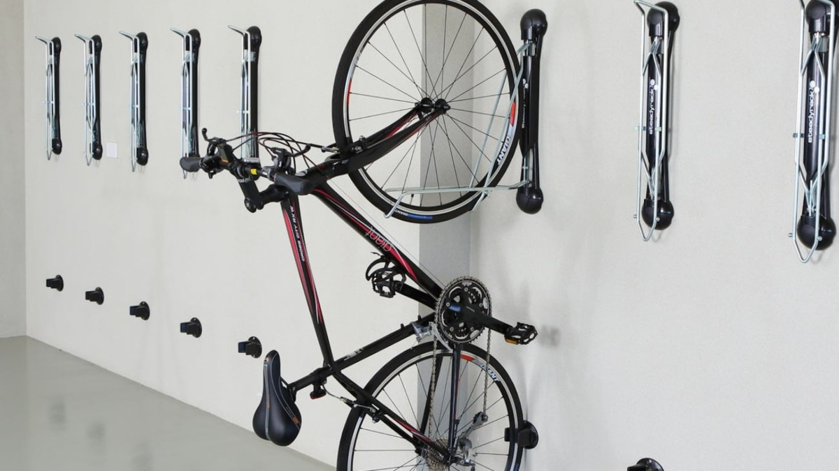Steadyrack Classic Wall-Mounted Bike Rack stores your bicycle vertically