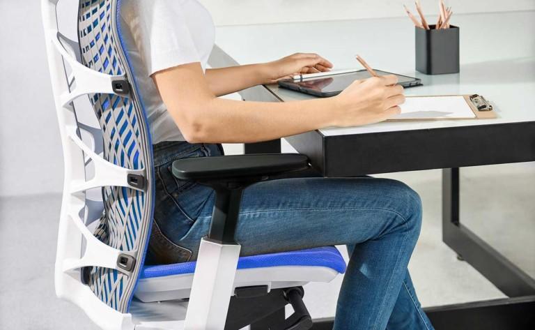 Kinn Chair side profile