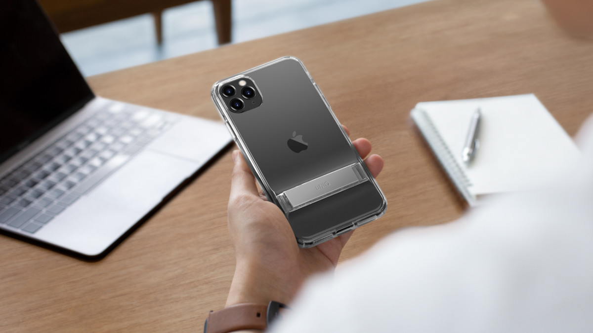 UNIQ Cabrio Clear Protective Case has a kickstand that adjusts to you