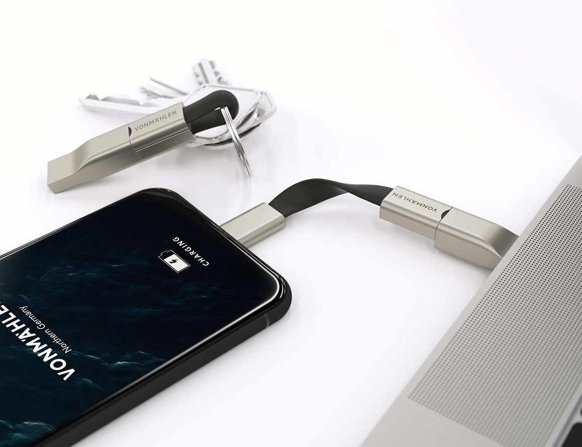 Vonmählen High Five Signature Keychain Phone Charger has 5 connections for almost any device
