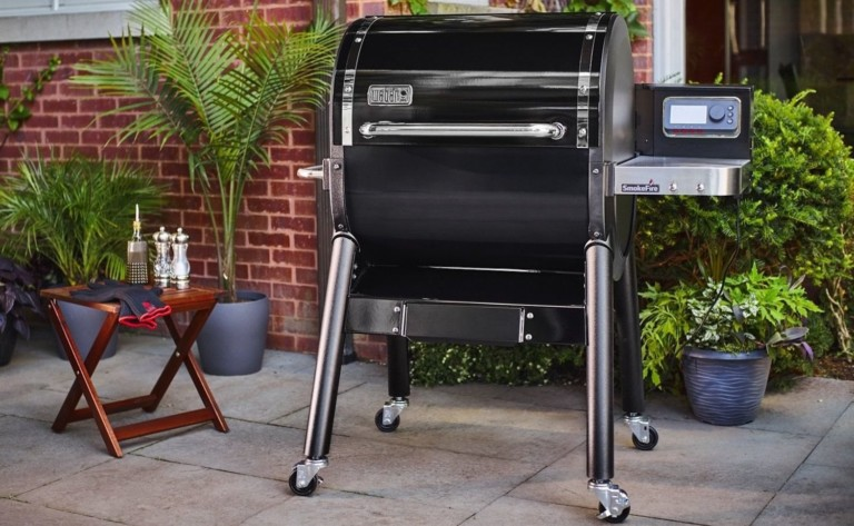 Weber SmokeFire Series Smart Pellet Grills preheat quickly with their self-feeding design