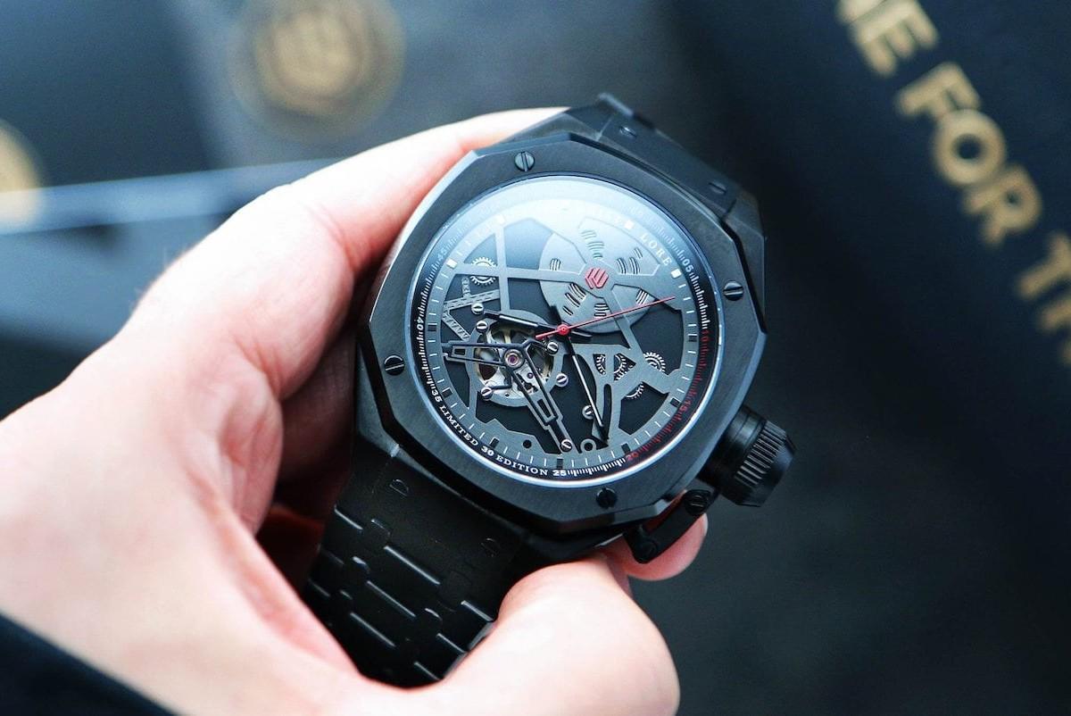 Wrist Lore Blackbird LE Automatic Pilot Watch honors the SR-71 Blackbird Spyplane