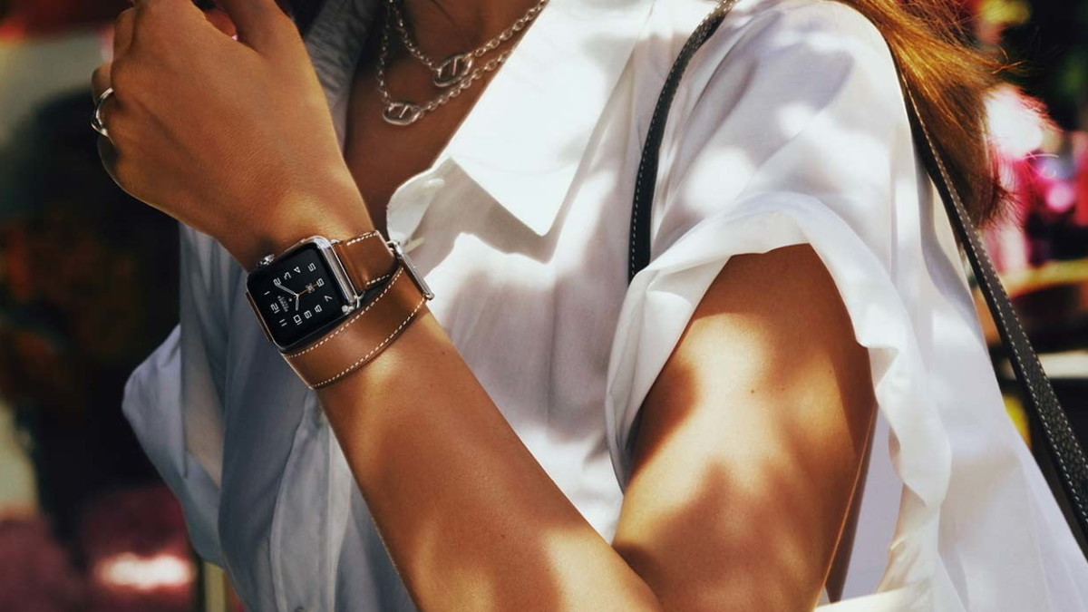 9 Best Apple Watch straps to adorn your wrist