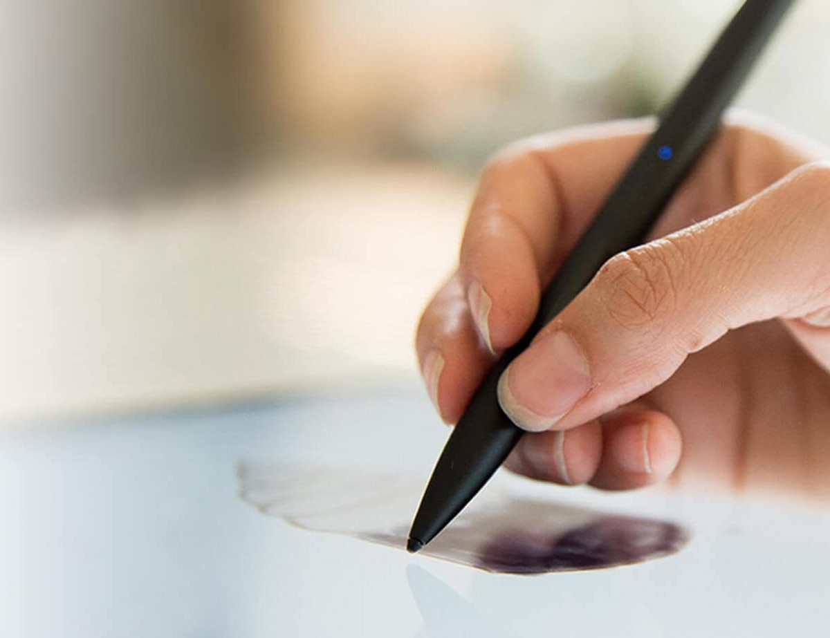 Adonit Note+ Pressure Sensitive Stylus lets you easily write and draw on your iPad