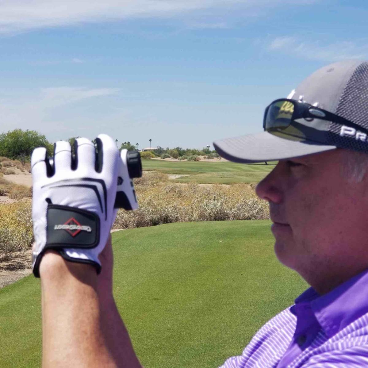 CaddyDaddy Claw Innovative Golf Gloves last 3–5 times longer than leather