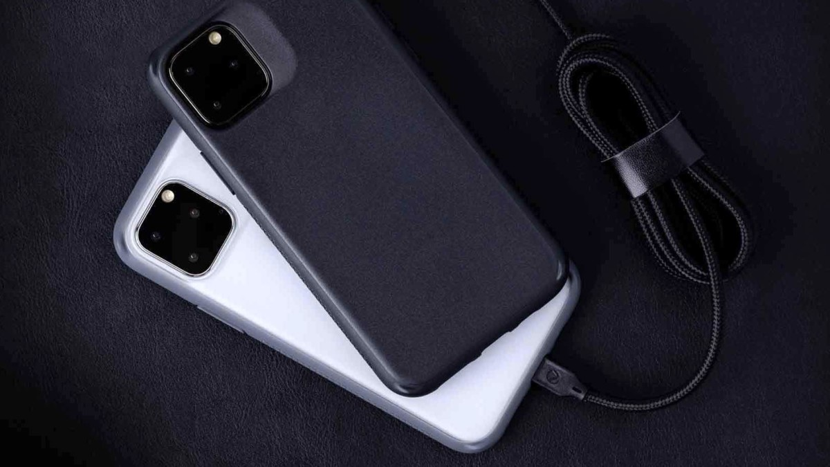 Caudabe Synthesis Rugged iPhone 11 Pro Case provides durable protection with sleek lines