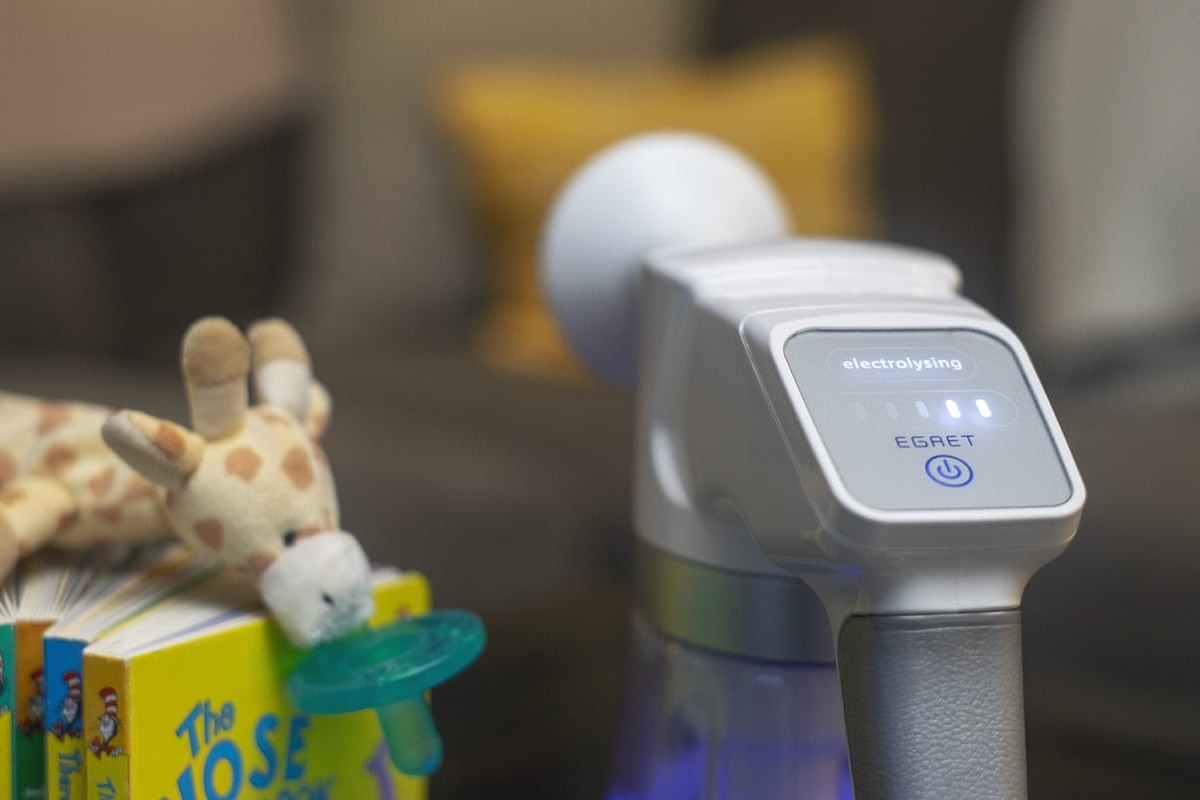 Egret EO Blaster Cleaner & Deodorizer instantly kills viruses, bacteria, germs, and odors