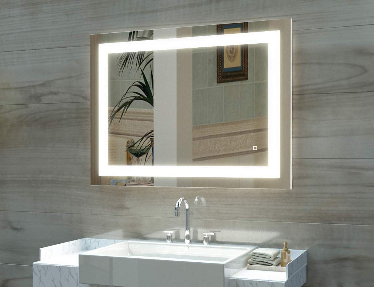 Hauschen LED Vanity Mirror brightens and dims according to your lighting needs