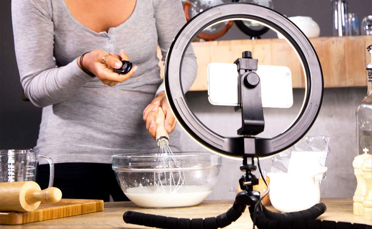 KobraTech MiLite+ Ring Light Stand lets you adjust the brightness for every shot