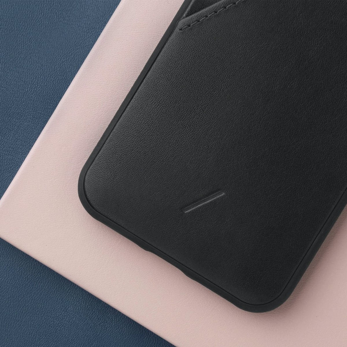 Native Union Clic Card Holder Case keeps your belongings together and your life simple