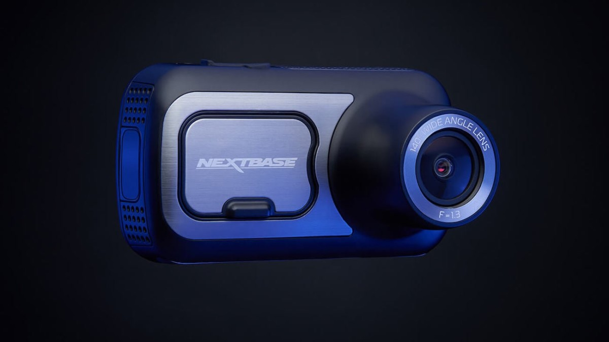Nextbase 422GW Alexa-Integrated Dash Cam has amazing safety features
