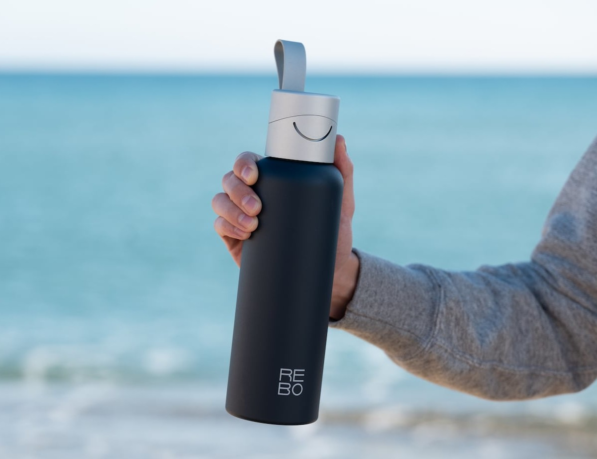 REBO Plastic-Saving Smart Bottle lets you clean the planet as you drink
