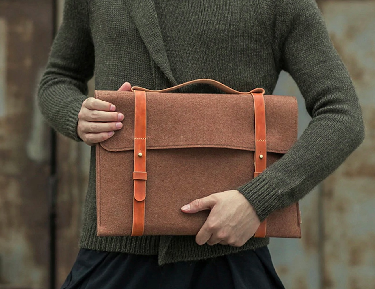 Slim Wool Felt Laptop Case protects your computer in style
