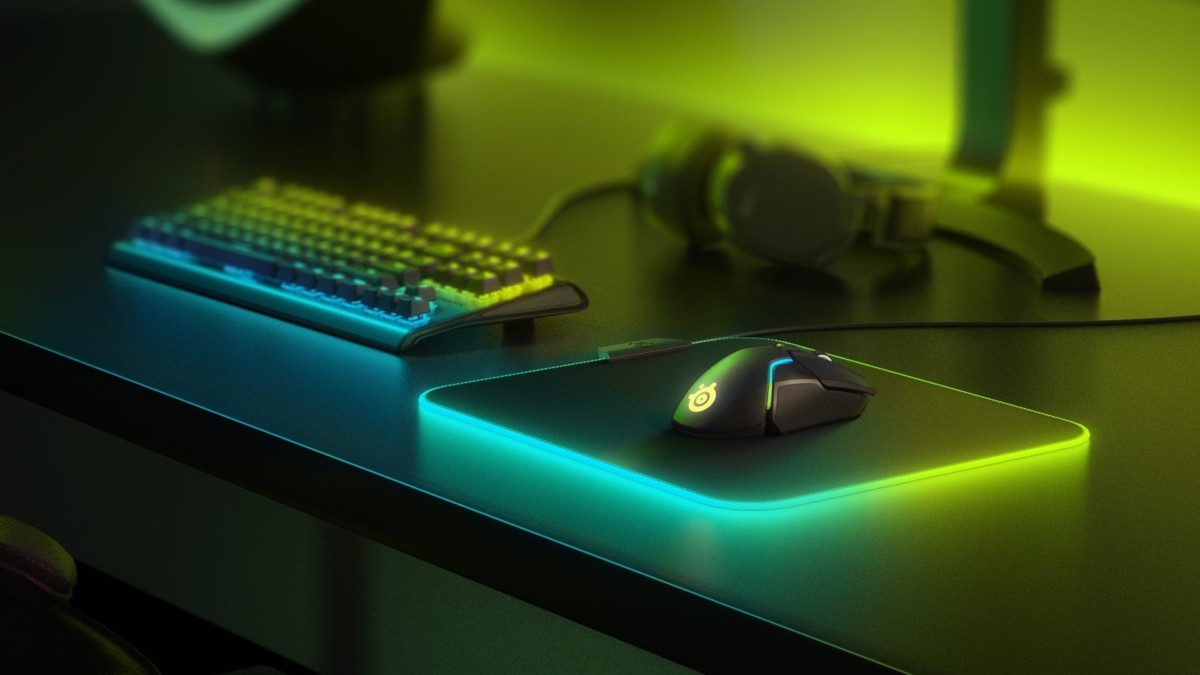 SteelSeries QcK Prism Cloth medium gaming mouse pad offers 16 million color options